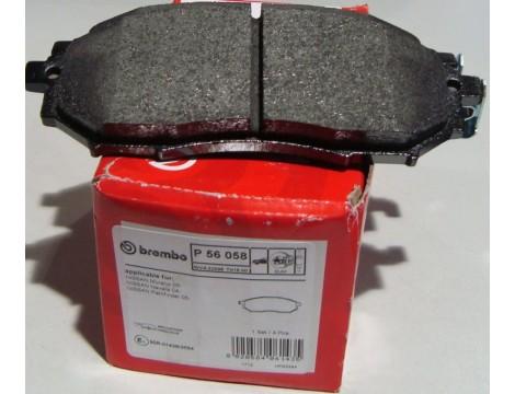Тормозные колодки передние Brembo (P 56 058)